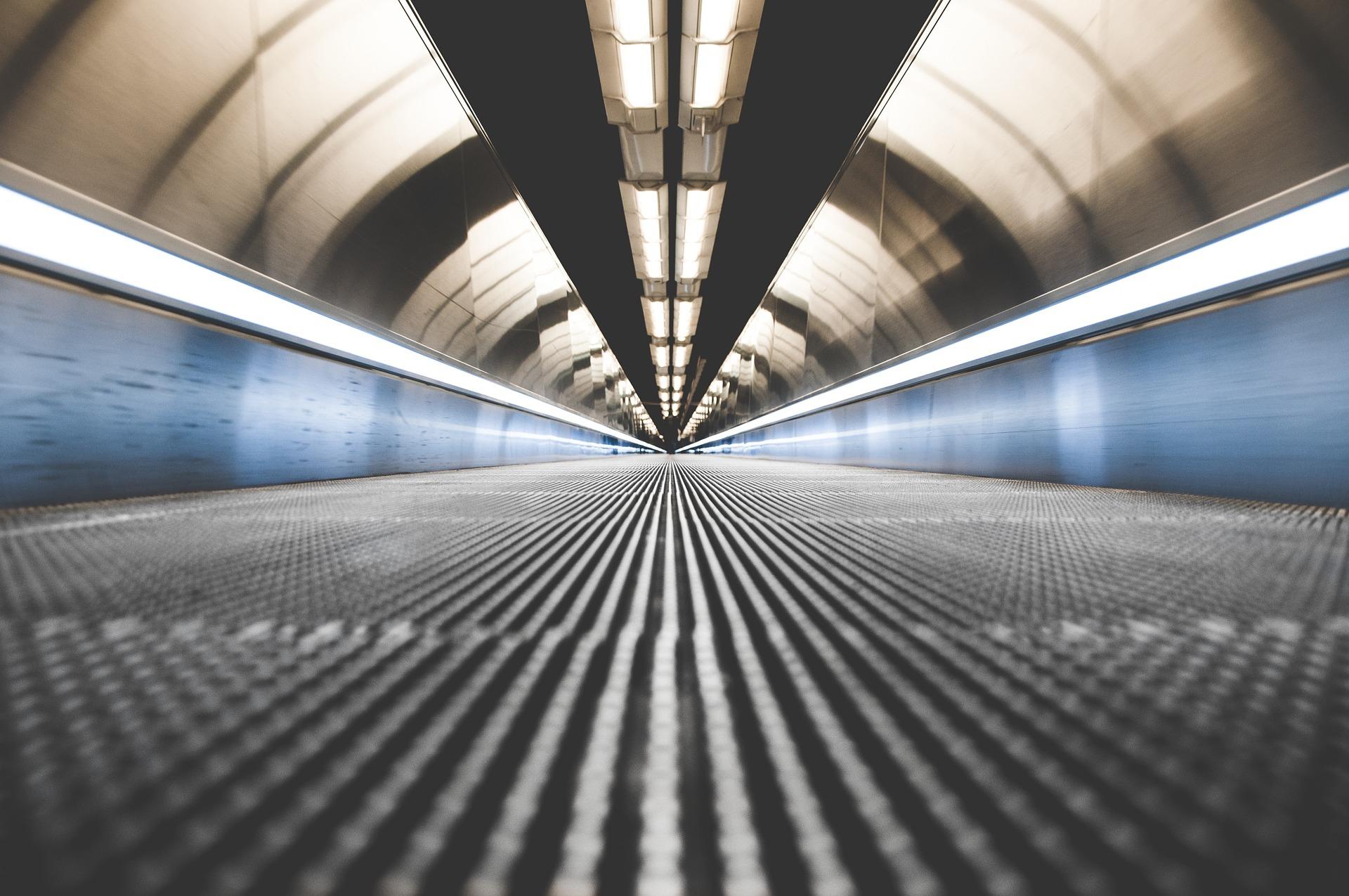 Redacción del estudio de viabilidad y alternativas de un trazado ferroviario entre la terminal multimodal de Jundiz y aeropuerto de Foronda